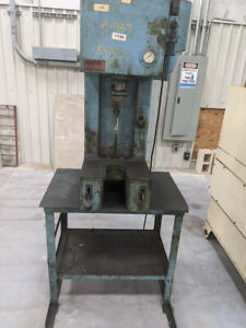 Denison Hydraulic 4 Ton Press