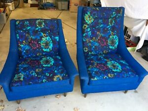 Pair Of Beautiful Vtg Mid Century Modern Upholstered Chairs Must See