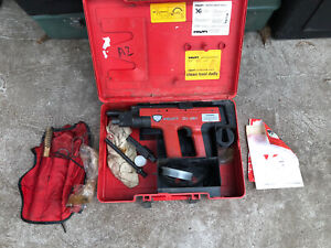 Hilti Dx451 Powder Actuated Fastening Tool W Case And Accessories