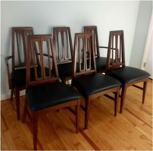 Young Manufacturing Dining Chairs Set Of Six Mid Century Modern Danish Vintage