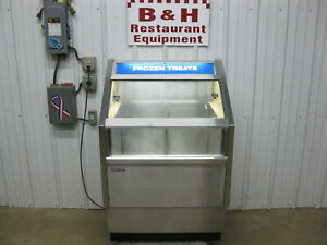 Silver King 30 Stainless Novelty Display Case Ice Cream Freezer Skftc30sd