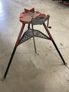 Rigid Tri Stand Pipe Vise Model 460 Table With Legs