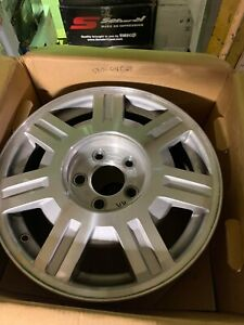 1 16 Cadillac Deville 2003 2005 Factory Oem Wheel 560 4569 Silver Machined