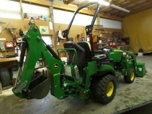 John Deere 1025r 4wd Ldr Backhoe 2018 W 26hrs Exc Cond