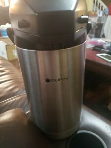Bunn 32125 Airpot Lever action 2 5l 84oz Coffee Hot Beverage Dispenser Stainless