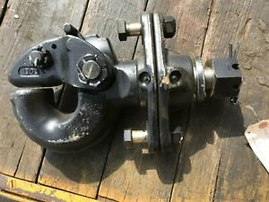 Pintle Hook 49 000 Lbs Max Tow Swivel Holland Hitch Military New Ph 760