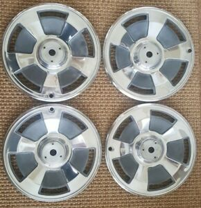1966 Corvette Wheel Covers Hub Caps Hubcaps 15 Without Spinners