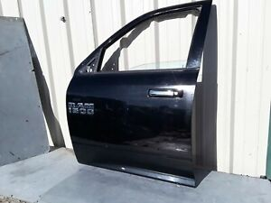2009 2018 Dodge Ram 1500 Pickup 4x4 Front Left Driver Side Door Shell Panel Oem