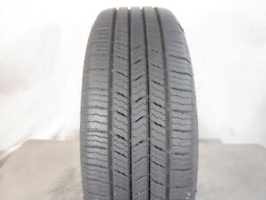 Pair Used 215 60r16 Michelin Defender Xt 95t 8 32 Dot 3716