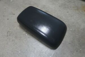 05 07 Ford Escape Center Console Lid Mazda Tribute Arm Rest Dk Gray Mariner