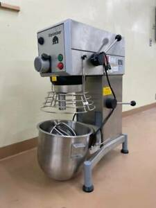 Varimixer W30a R30 Commercial 30 Qt Food Mixer With Bowl Guard bowl And Extras