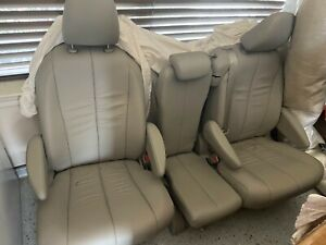 Toyota Sienna 2014 Middle Seats