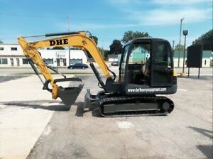 New dhe3 5d Compact Mini Excavator 7 700lb 4 Attachments Kubota Diesel Engine