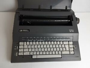 Smith Corona Sc 110 Spell Right Electric Typewriter W Carrying Case Tested