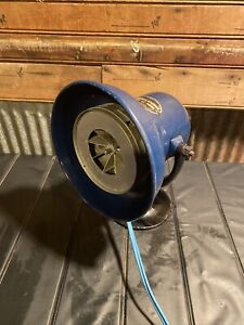 Vintage Federal Sign And Signal Siren Model D 2 2 Amps 110 120 Volts Cast Base