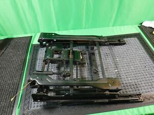 2001 05 Chevrolet Monte Carlo Driver Left Front Seat Power Base Frame