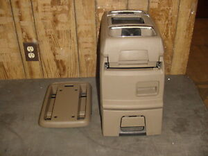 11 12 13 14 15 16 Town Country Grand Caravan Center Floor Console Dark Pebble