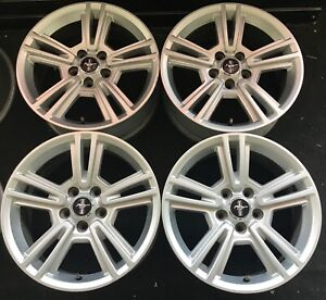 17 Ford Factory Mustang Silver Wheels Oem 2010 2014 Rims 3808