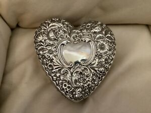 Antique Heart Sterling Silver Jewelry Box Blue Green Interior Fitted Ring Slots