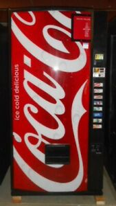 Royal 376 Rvcde 8 Selection Can Soda Cold Drink Vending Machine Location Ready