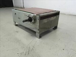 Table Top Conveyor 23 5 X 11 X 16 Used And Tested