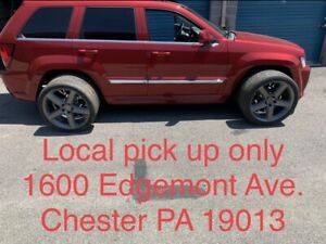 22 X 10 Srt8 Staggered Gloss Gray Wheels 5 Rims For Wk2 Jeep Grand Cherokee