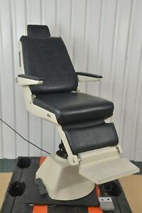 Reichert Leica Ophthalmic Electric Exam Chair Model 14362 W Foot Switch