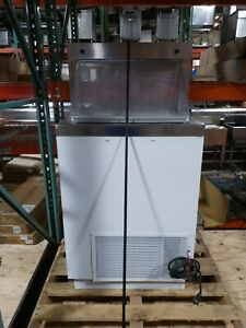 Used Kelvinator Kdc 27 Commercial Ice Cream Dipping Cabinet Freezer