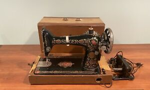 Vintage 1910 S G Series Singer Sewing Machine W Case Light And Foot Pedal