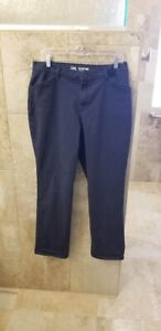WOMEN#x27;S LEE quot; ALL DAYquot; CASUAL PANTS NAVY SIZE 12 COTTON SPANDEX STRAIGHT LEG $12.99