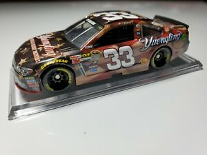 Ty Dillon 2015 Yuengling Light Patriotic 1:64 Scale Lionel NASCAR Diecast Car $5.99