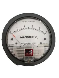 Dwyer Magnehelic 4 Differential Pressure Gauge 0 5 Inches Of Water Model 2005