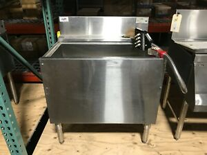 Krowne Kr 23 30dp cp7 Underbar Ice Bin With Dispensing System And 7ch Cold Plate