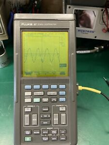 Fluke 97 Handheld Auto Scopemeter With Battery Charger tested