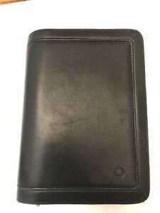 Compact Franklin Covey Black Faux Simulated Leather Zip Around Planner binder
