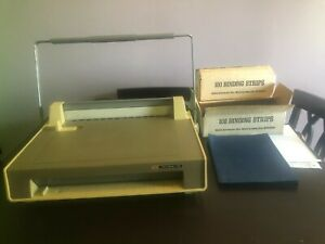 Velo Bind 123 Commercial Machine Binder With Extras Working Great
