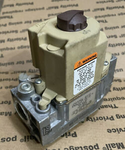 Honeywell Vr8205h8016 Furnace Gas Control Valve 24v 60 22866 01 Used Checked