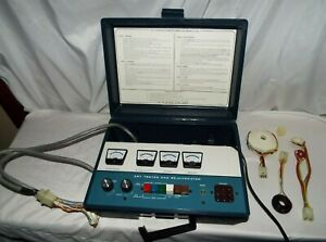 Vintage Heathkit Crt Tester And Rejuvenator Model It 5230 With Adapters Read