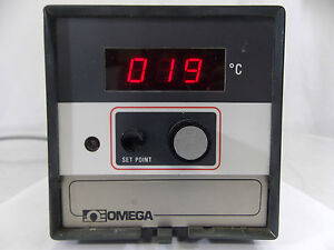 Omega Digital Thermometer Controller