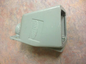 Bb601w Hubbell Back Box For 60a Receptacle 1 1 4 Inch Hub