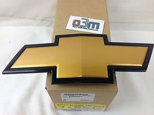 2007 2013 Chevrolet Silverado Front Grille Gold Black Bow Tie Emblem New Oem