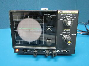 B k Model 1403 Ocilloscope powers On Sweep Generator