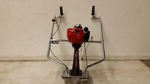 New Packer Brothers Concrete Power Screed Honda 4 Stroke Gas Cement Vibrating