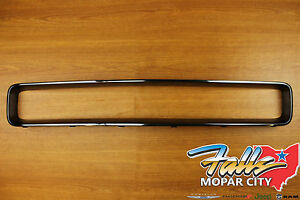 2009 2014 Dodge Challenger Black Chrome Grille Surround Trim Mopar Oem