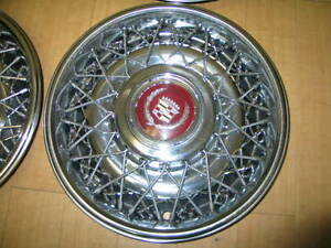 Mint Condition Locking Wire Wheel Set For Cadillac