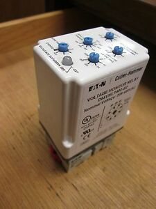 Eaton Cutler hammer Voltage Monitor Relay D65vmlp480 b2 With Base Used