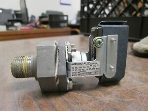 Mercoid Pressure Switch A1s 0ss 1 2 15a 125 250 480v 1 8hp 1 4hp Used