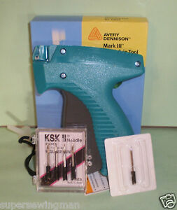 Avery Dennison Standard Clothing Tagging Tagger Tag Gun With 4 Extra Needles