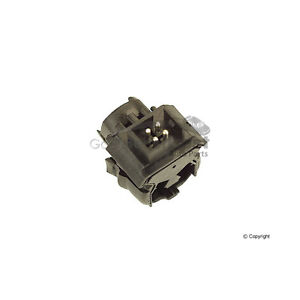 One New Genuine Automatic Transmission Kickdown Solenoid Switch 0025452214