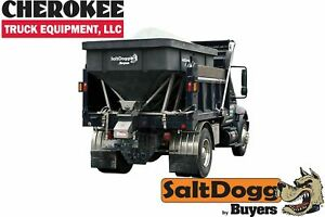 Saltdogg buyers Products Shpe6000 Bulk Salt 50 50 Salt sand Mix Spreader Black